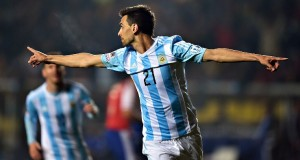 Javier Pastore had a goal and an assist as Argentina cruised past Paraguay into the finals of the Copa America.