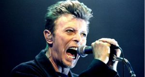 _94804352_bowie