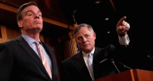 Mark Warner (L) and Richard Burr will try to avoid the acrimony of the House panel