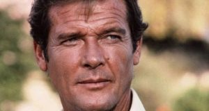 "Sir Roger Moore has died at the age of 89 following ""a short but brave battle with cancer"""