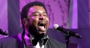 Dennis Edwards was inducted into the Rock and Roll Hall of Fame in 1989