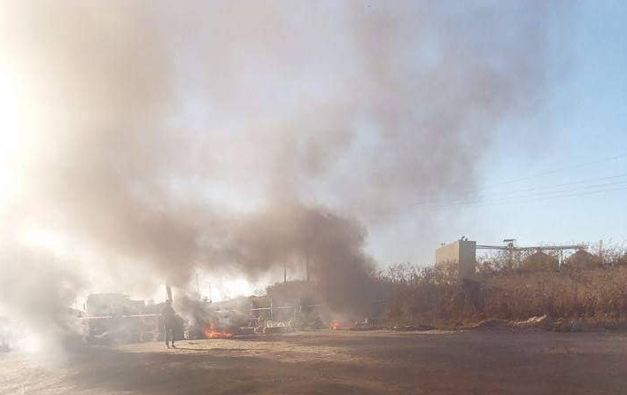Ndeke residents riot over 'dusty pollution'